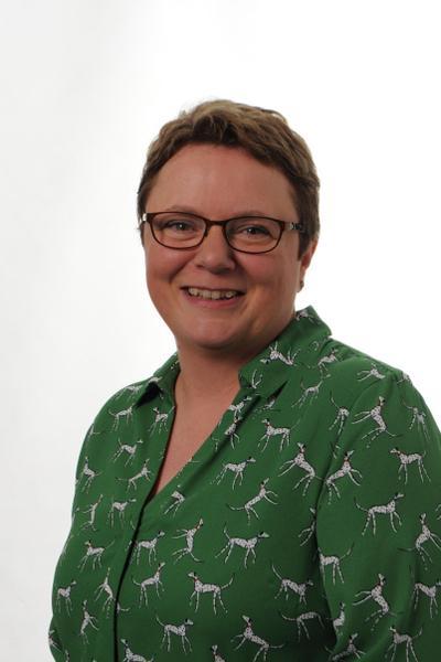 Mrs R Darby, Barn Owls LSA