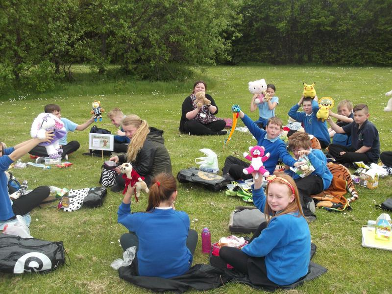 Picnic lunch time!!
