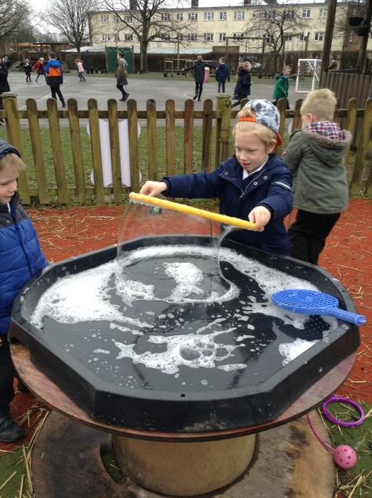 Making big bubbles