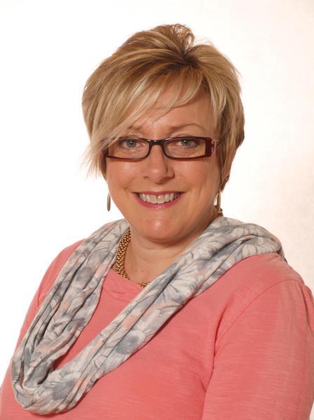 Mrs R Smith - Class Teacher and Safeguarding Officer