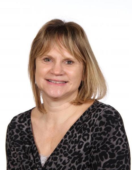Mrs Charlton - Teaching Assistant       Year 4