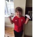 Harry's winning plane 15ft in flight!