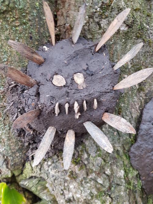 Mud faces