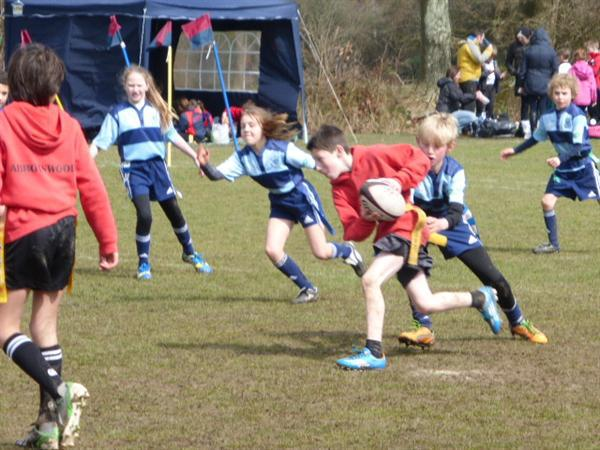 Abbotswood are slowed down by fabulous tagging.
