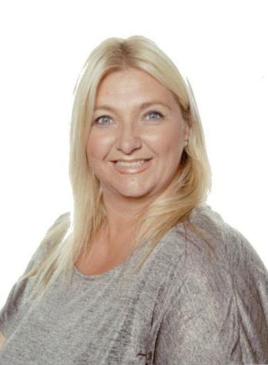 Mrs G Hewitt - Year 6
