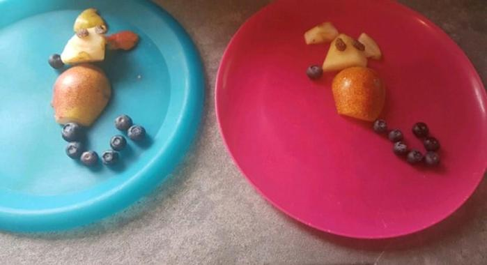 Y6 - Rhian created an artistic snack of fruit mice