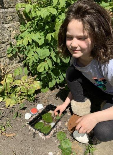 Y3 - Emily for creating a beautiful mini pond