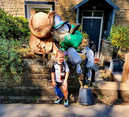 R - for sharing his scarecrow adventure