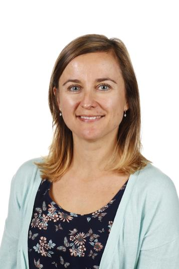 Mrs Hoy, Early Years Practitioner
