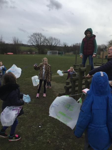 Eggs with parachutes