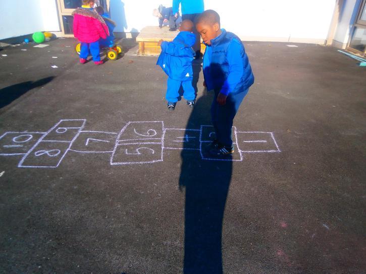 Adonai recognising numerals outside