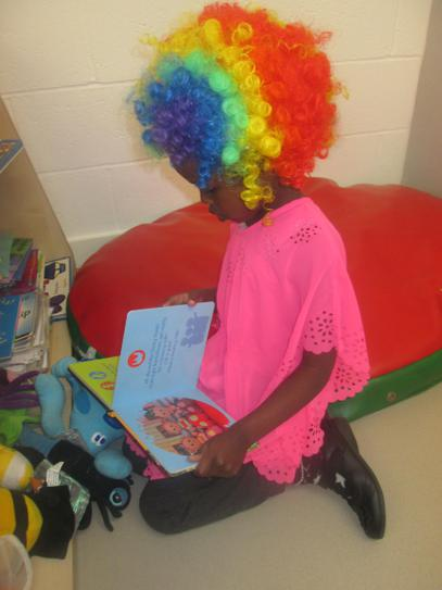 Hafsa looking for a favourite book