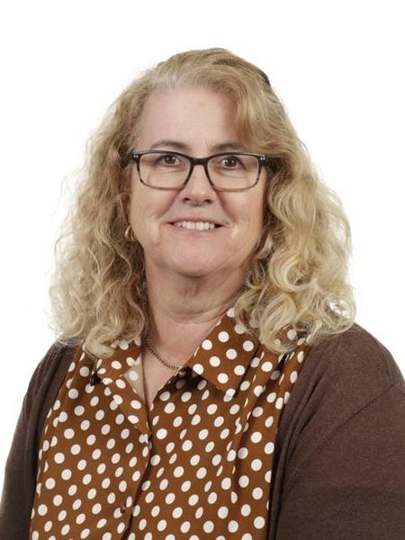 Mrs A Pinkstone, Year 3 TA