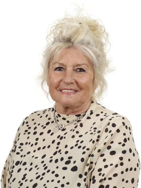 Mrs J Davies, Year 6 TA