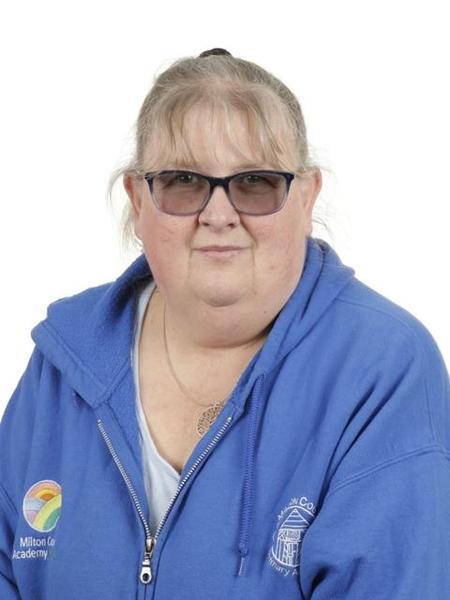 Mrs M Upton, Year 4 TA