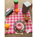 Aggie made a picnic and learnt shapes