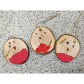 We made robin tree decorations using log slices.