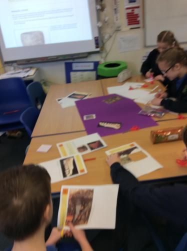 Working in groups to analyse artifacts