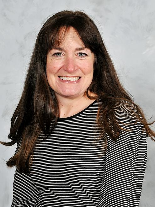 Miss Vicki Maclot