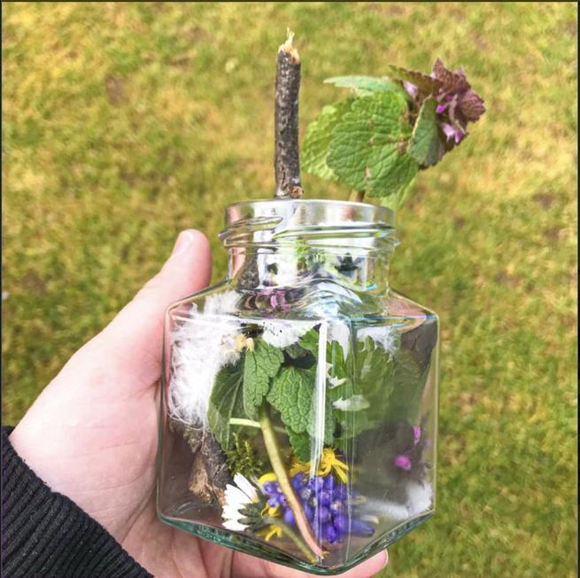 Can you make a nature treasure jar?