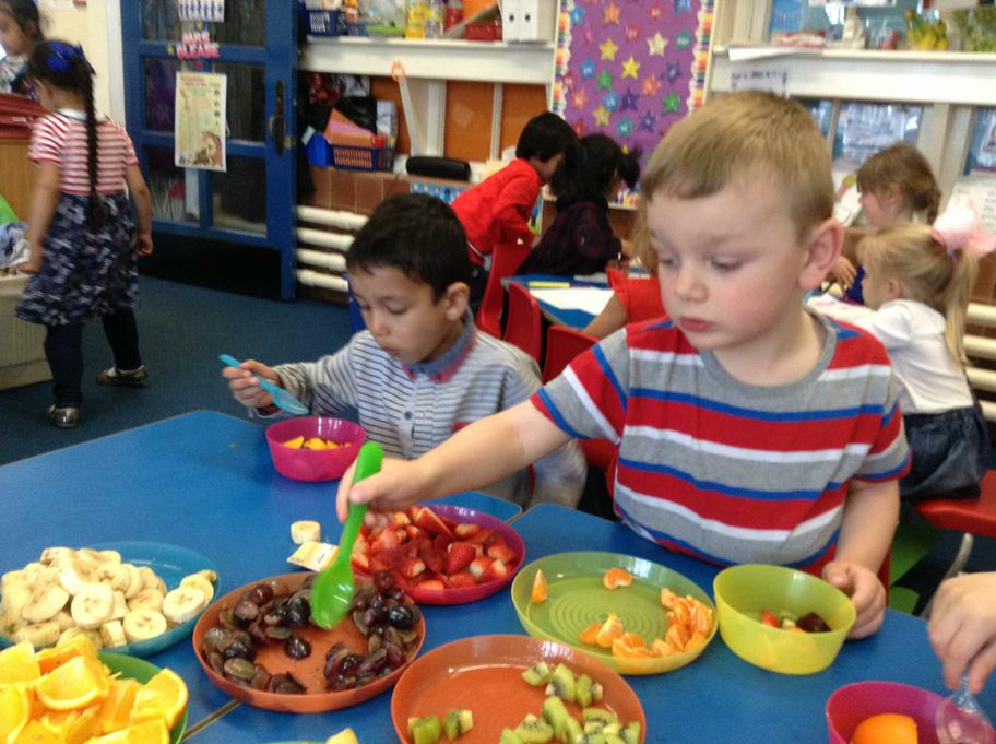 Our favourites were the grapes and juicy mango!
