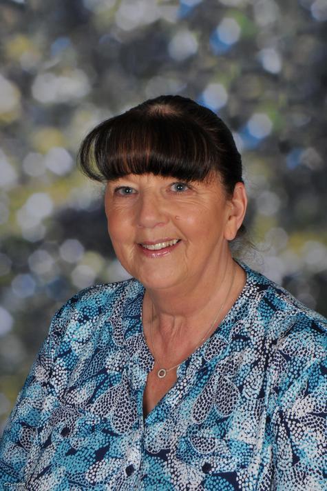 Mrs E McCandless: Senior LSA &Cleaner