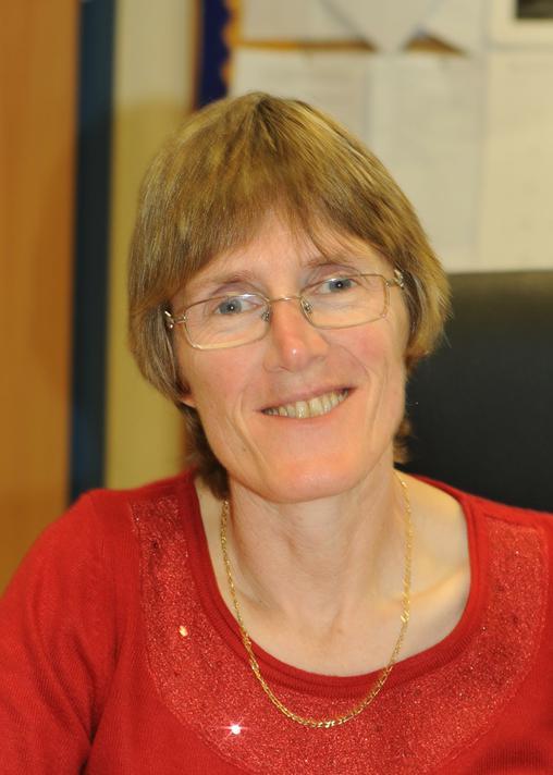 Miss L Everitt (Headteacher & Designated Safeguarding Lead)