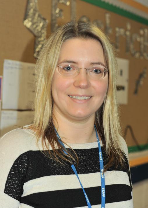 Miss H Lisney - Y4 teacher, KS2 Phase Lead & Maths Lead (SLT)