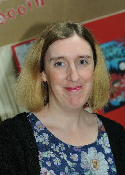 Mrs L Griffiths - Y1 teacher, KS1 Phase Lead & Reading Lead (SLT)