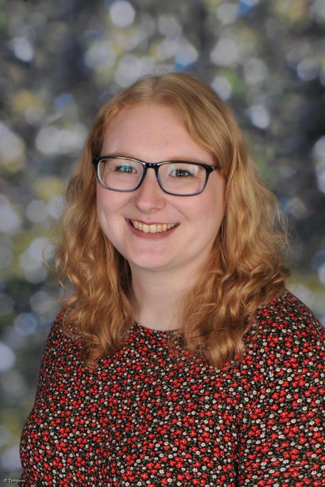 Miss K Gledhill - Y6 teacher & Art Lead