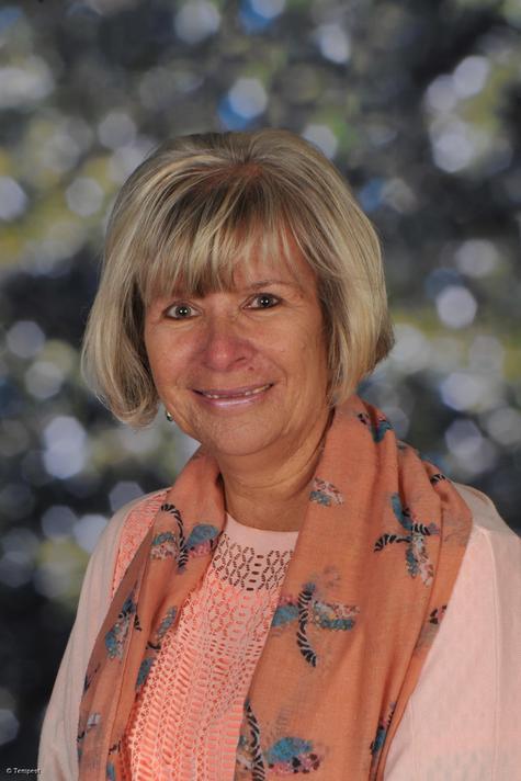 Mrs K Parkinson: Lunchtime Supervisor