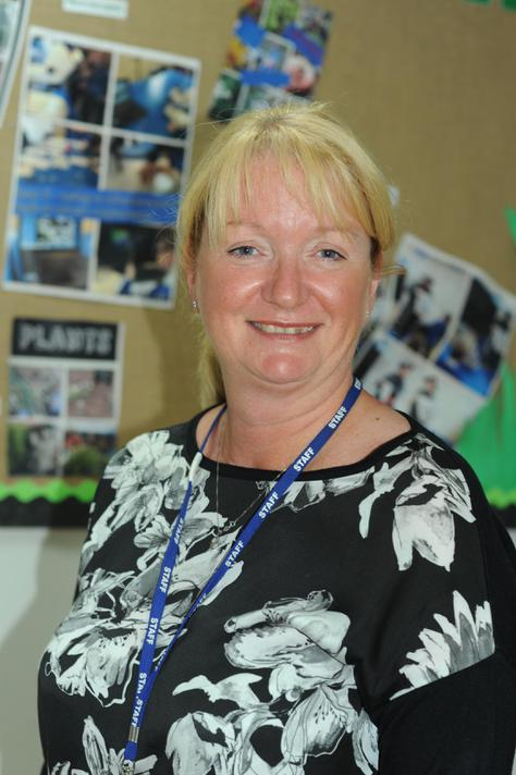 Mrs J Hamilton: HLTA and Y2 Teaching assistant
