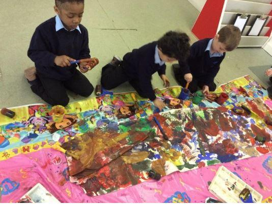 Experimenting with colour mixing