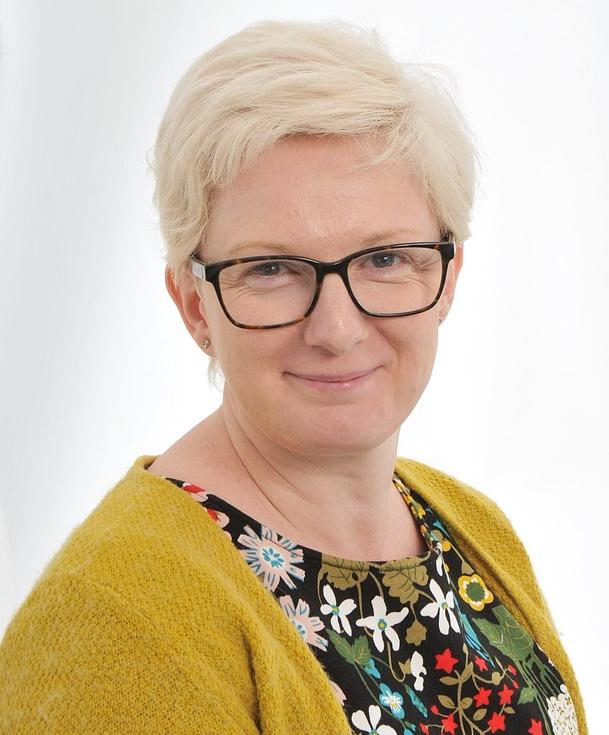 Alison Benge - Headteacher