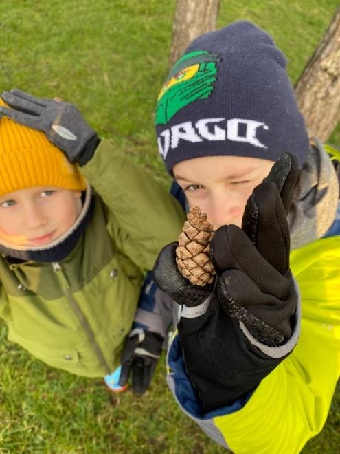 Ollie & Charlie's nature treasure hunt