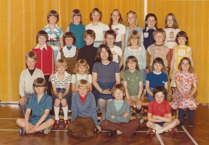 Class 3 1977 Thanks to Sandra Garwood