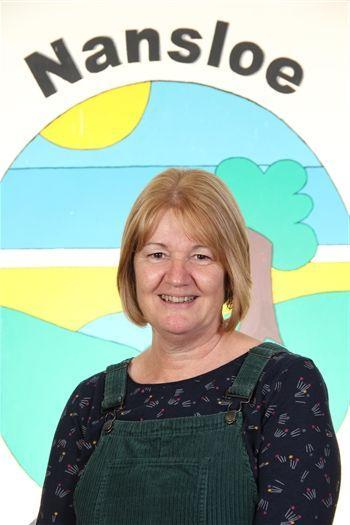 Mrs Hill, Teaching Assistant