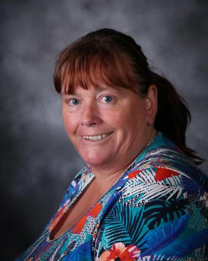 Mrs Lynn Forsey, Midday Supervisor