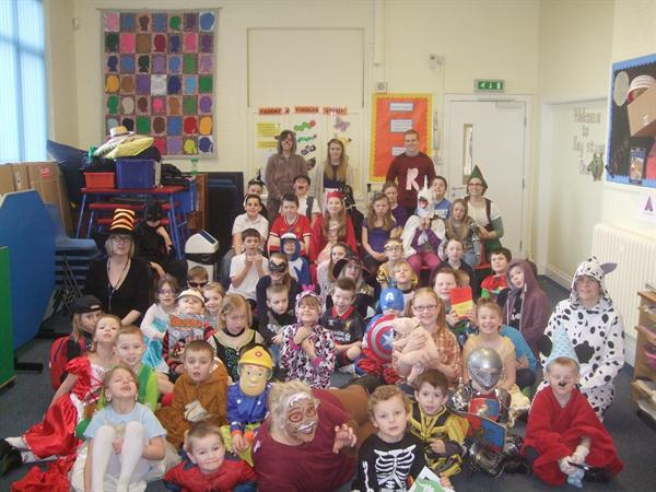 Children & Staff Dress up for World Book Day 2015