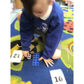 We can make teen numbers using the numicon.