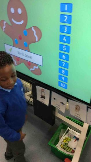 Fabulous counting  Khaliq and number recognition.
