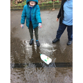 We made boats from plastic containers. To see if they float or sink.