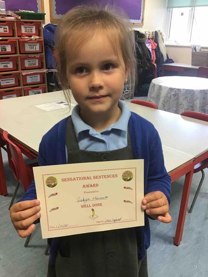 Wk 4- 1.10.20 Gabija got the Sensational sentences award for her writing about Goldilocks