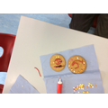 We also decorated biscuits into butterflies.