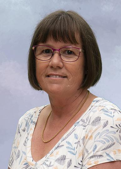 Mrs Yvonne Armitage