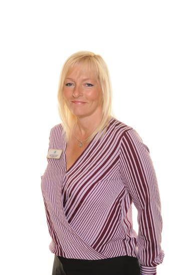 Mrs Angela Piper, Pastoral TA