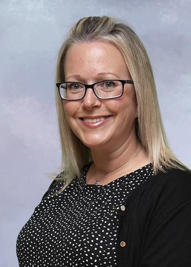 Mrs Helen Robertson