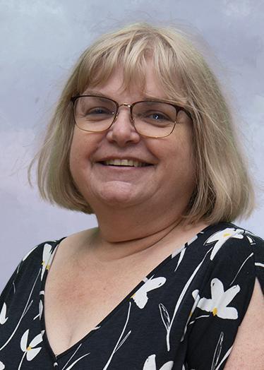 Mrs Leanne Bennett, Business Manager