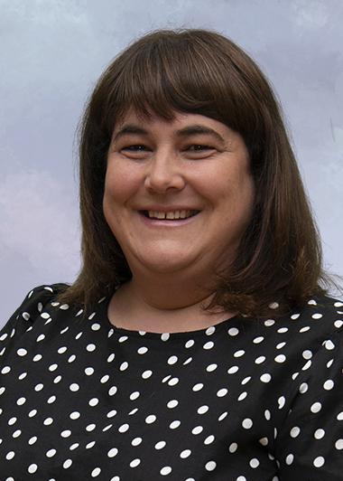 Mrs Lisa Ramackers