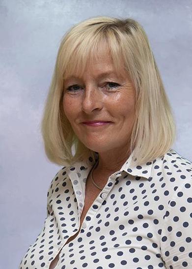 Mrs Angela Piper
